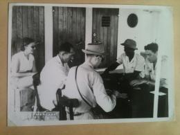 Photo - Cameroun 1953 - Partie De Carte à Bord Du Bâteau Le Paul Leferme, Maguy Merckel - Africa
