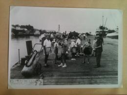 Photo - Cameroun 1953 - Débarquement Des Passagers Du Bâteau Le Paul Leferme, Maguy Merckel - Africa