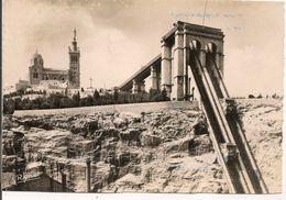 L15G078 - Marseille -Notre Dame De La Garde Et Son Ascenseur - Ryner N°10 - Notre-Dame De La Garde, Lift