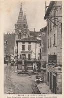 Ardéche : LA  LOUVESC : (  Place Principale Nouvelle Statue.... ) - La Louvesc