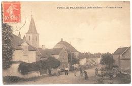 D 70 . CPA .  PONT De PLANCHES  - GRANDE RUE Animée . - Other Municipalities