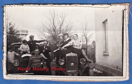 Photo Ancienne - VOVES - Portrait De Famille Ou Ami - Automobile AMILCAR Et Autre à Identifier - Cars