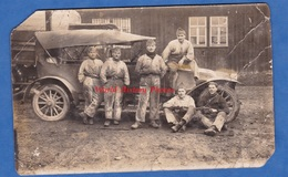 CPA Photo - Lieu à Situer - Portrait De Soldat Devant Une Automobile Militaire à Identifier - Guerre 1914-18
