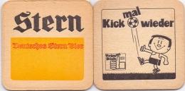 #D199-152 Viltje Stern - Sous-bocks