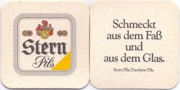#D199-166 Viltje Stern - Sous-bocks
