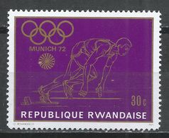 Rwanda 1971. Scott #415 (MNH) Olympic Games, Munich, Runner * - 1970-79: Neufs