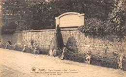 DINANT - Place D'Albeau - Mur Tschoffen - Dinant