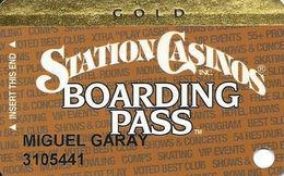 Station Casinos Las Vegas, NV - Slot Card Copyright 2002 - Gold Board Pass - Casino Cards