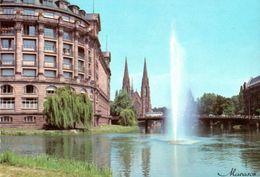 Strasbourg Le Palais De L'esca Et L'eglise Saint Paul   CPM Ou CPSM - Strasbourg