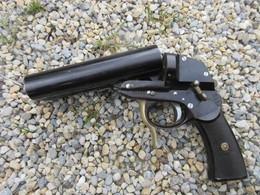 PISTOLET LANCE FUSEES ALLEMAND ETAT EXCEPTIONNEL - Decorative Weapons