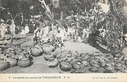 Madagascar, Le Marché Aux Poteries De Tananarive - Carte F.N. N° 11 Non Circulée - Madagascar