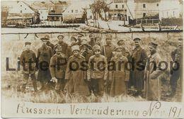 Foto AK Deutsch Russische Verbrüderung November 1917 Armee Abteilung Gronau Soldaten Waffenstillstand - Guerre 1914-18