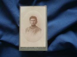 Photo CDV Boubert à Bergues  Portrait Belle Jeune Femme - CA 1895-1900 - L361 - Foto's