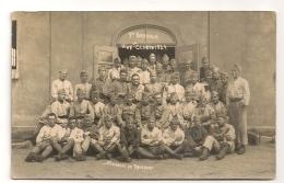CARTE PHOTO DE MILITAIRES  1 ER BATTERIE VIVE LA CLASSE DE 1924 SOUVENIR DE TROISDORF CPA1474 - Reggimenti