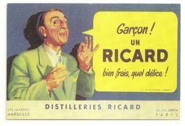 Garçon ! Un Ricard Bien Frais, Quel Délice ! CPM/GF (GF72) - Reclame