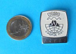 1981. FILA World Wrestling Championships - Official Participant Pin Badge PRESS  Lutte Lotta Lucha Ringen Luta Abzeichen - Wrestling