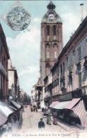 37 - Tours - La Rue Des Halles Et La Tour D Auvergne - Tours
