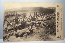 DANS LA  SOMME  - Offensive Anglaise  - Troupes Au Repos  - MILITARIA - Weltkrieg 1914-18
