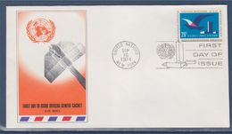 = Vol D'oiseau Et Siège De L'O.N.U. Enveloppe 1er Jour New-York 16.9.74 N°PA21 Poste Aérienne Série Courante - FDC