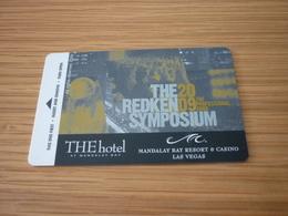 U.S.A. Las Vegas Mandalay Bay Hotel & Casino Room Key Card (redken Symposium) - Cartes D'hotel