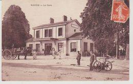 Seine Et Marne NANGIS La Gare (attelage à Gauche, Faucheuse à Droite) - Nangis