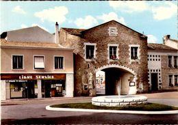 VOUILLE  LA  BATAILLE / LIBRE SERVICE     / LOT  145 - Francia