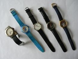 Lot De 7 Montres Bracelet Diverses : Schlumpf, Foot 98, Adéquat, Valentin, Journal Des Finances, Boule & Bill, Etc, TB - Montres Publicitaires