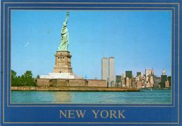 - NEW YORK. - The Statue Of Liberty With, The Lower New York Skyline In The Background. - - Statue De La Liberté