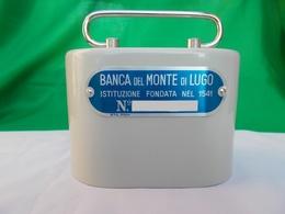 Salvadanaio Metallo ITALORA Banca Monte Lugo VINTAGE PIGGY BANK SPARDOSE (no Key). - Materiale