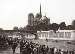 Traversee De Paris A La Nage Cathédrale Notre-Dame Spectateurs Ancienne Photo Meurisse 1930's - Sports