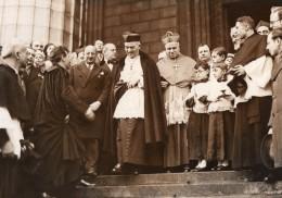 Paris La Madeleine Messe Du Cinema Et Radio Eveque Verdier Ancienne Photo Meurisse 1933 - Famous People