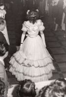 France Bal Masque Defile De Mode? Ancienne Photo Perron Bar 1950's - Other