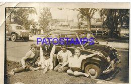 91571 ARGENTINA AUTOMOBILE CAR SEDAN & MAN AND CHILDREN BREAK PHOTO NO POSTAL POSTCARD - Cartes Postales