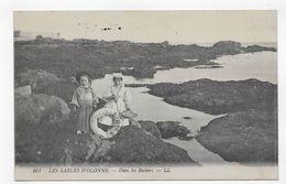 LES SABLES D' OLONNE EN 1918 - N° 161 - ENFANTS SUR LES ROCHERS - CPA VOYAGEE - Sables D'Olonne