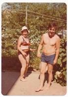 REAL PHOTO, Bikini Woman Naked Trunks Man  On Beach Femme En Maillot De Bain Et Homme Nu Sur Plage,ORIGINAL - Photos