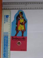 M-P MARQUE-PAGE MARQUE-PAGES  B.D BANDE DESSINÉE  FANTOMETTE EST DANS LE BIBLIOTHÈQUE ROSE - Bookmarks