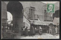 CPA 06 - Nice, Une Rue De La Vieille Ville - Nizza