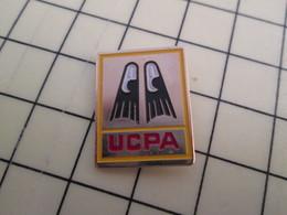 PIN317 Pin's Pins / Rare Et Beau SPORTS : PLONGEE SOUS-MARINE (ou Dans Marion ...) PALMES CENTRE UCPA - Diving
