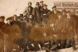 Carte Photo Originale L'équipe De La Société Adolf Bleichert & Co (Production De Téléphériques à Materiaux) En 1927 - Métiers