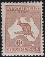 Australia   .    SG   .   107     .   Wm  Multiple  Crown     .    **            .      MNH   .   /   .    Postfris - 1913-48 Kangaroos