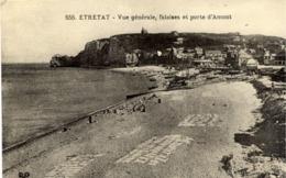 76  ETRETAT - Vue Générale, Falaises Et Porte D'Amont - MTIL N° 555 - Linge Au Séchage Sur La Plage - Etretat