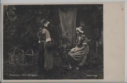 Helgoland - Eine Neuigkeit, 2 Damen - Photo: A. Zerner - Helgoland