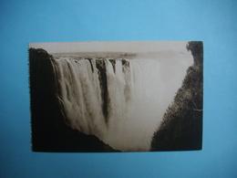 ZIMBABWE  -  Victoria Falls  -  The Main Fall  -  Chutes Victoria  - Fleuve Zambèze  - - Zimbabwe
