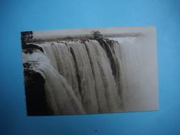 ZIMBABWE  -  Victoria Falls  -  The  Rainbow Falls  -  Chutes Victoria  - Fleuve Zambèze  - - Zimbabwe