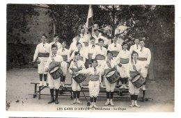 CPA   29   LANDERNEAU---LES GARS D'ARVOR---LA CLIQUE---TRES RARE ? - Landerneau