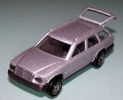 MAJORETTE - Mercedes 300TE  Nr. 250 / 1:65 - Majorette