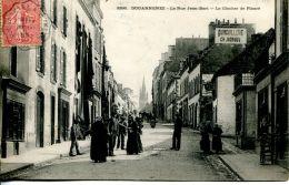 N°121 A -cpa Douarnenez -la Rue Jean Bart- - Douarnenez