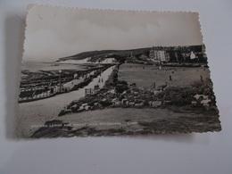 B684  Eastbourne Regno Unito Western Lawns And Beachy Head Presenza Pieghe Ad Angoli - Inghilterra