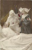 - Themes - Ref-A375- Guerre 1914-18 - Patriotique -  Charmes De L Ambulance - Infirmieres Croix Rouge - Sante - - Patriotiques