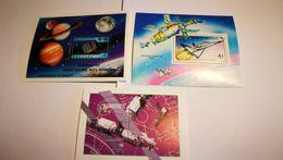 Blocs Satellites + Espace - Space